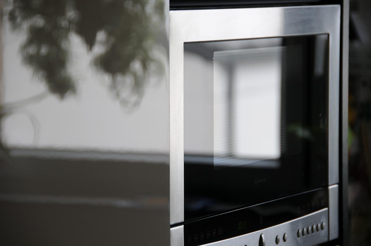 Micro-ondes VIO9 de H. Koenig