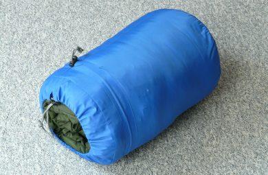 Comment choisir son sac de couchage pour voyage