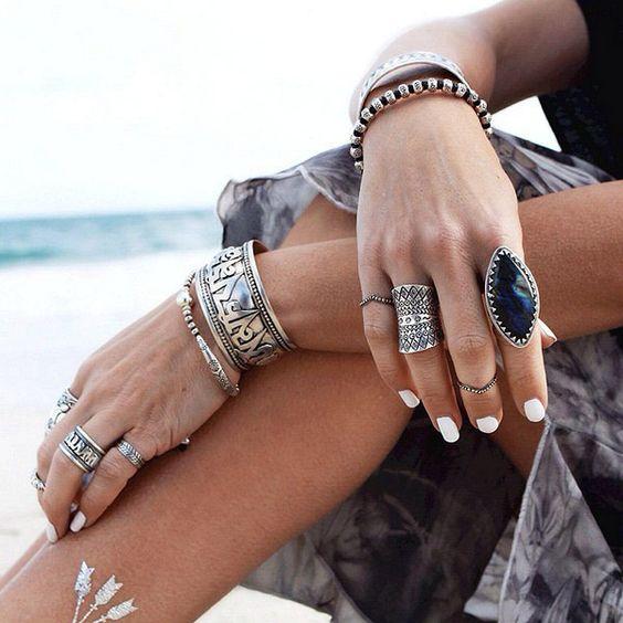 Bagues et bracelets à style bohème
